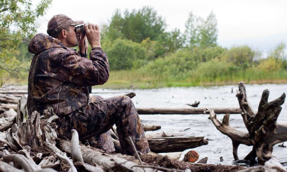 Best Compact Binoculars for Hunting of 2018 Complete Reviews with Comparison