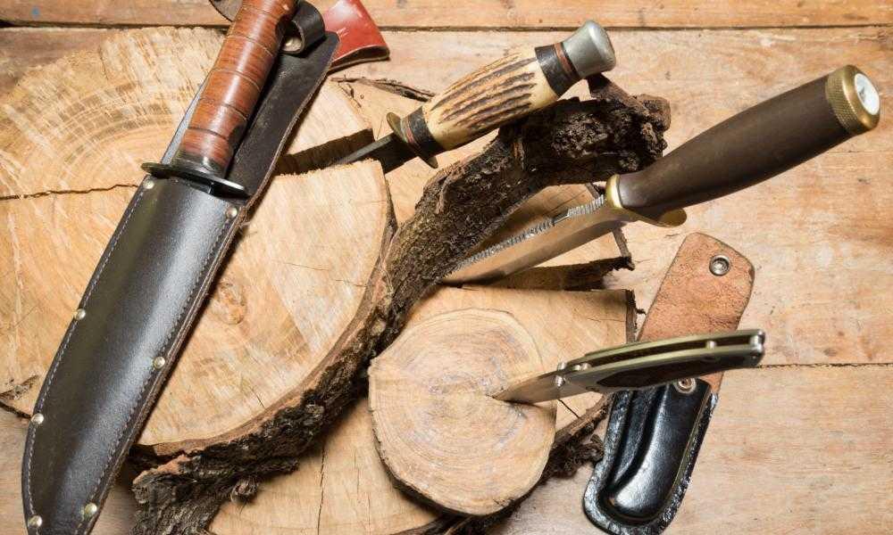 Best Gut Hook Knife for Deer - Buck Knives Buck Zipper Fixed Blade Knife