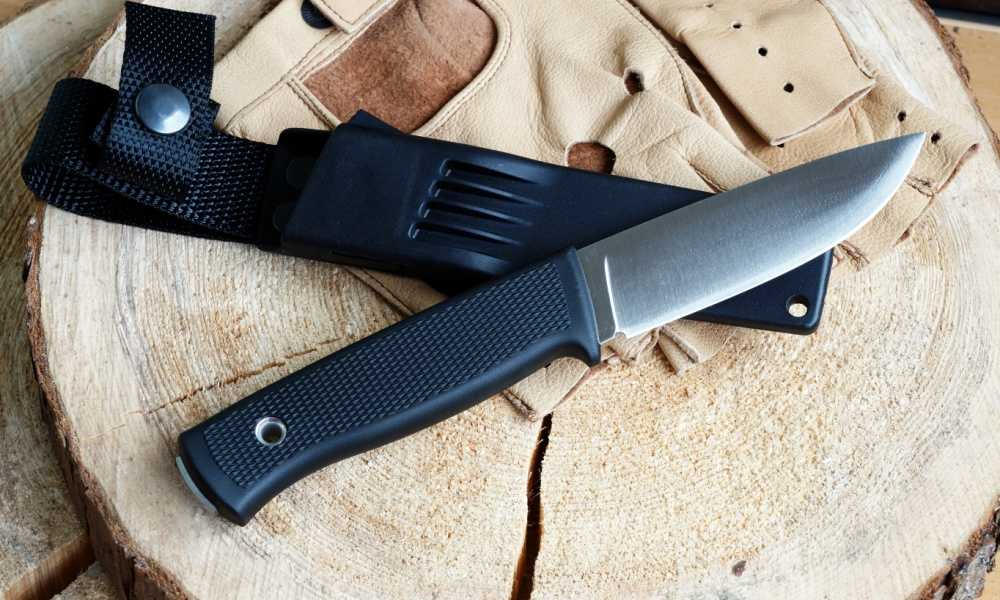 Gerber StrongArm Fixed Blade Knife Review